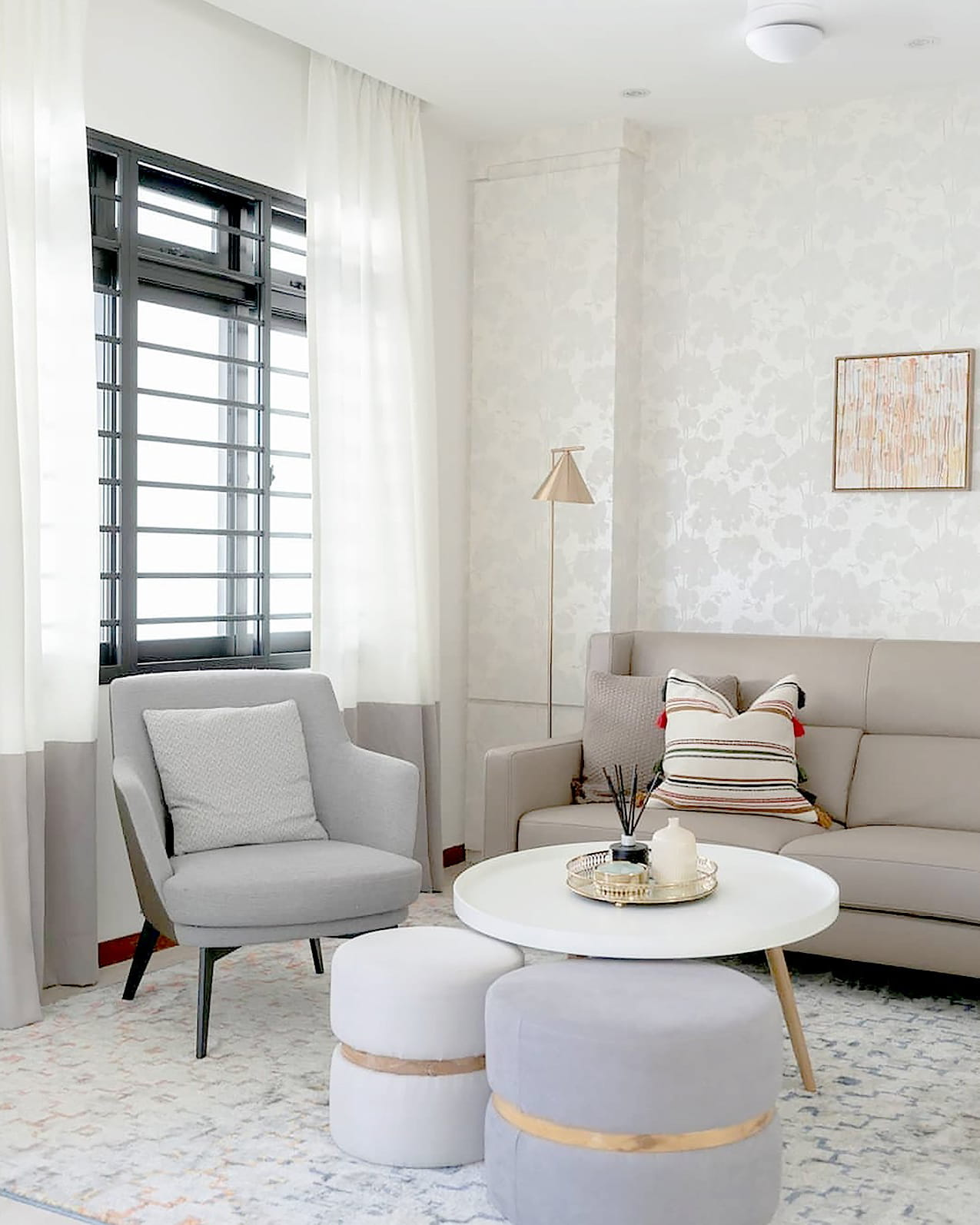 Living Room with Accent Loungers - Comfort Furniture
