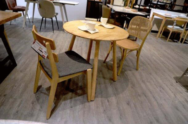 Traditional Chairs Made of Wood and Rattan - Comfort Furniture