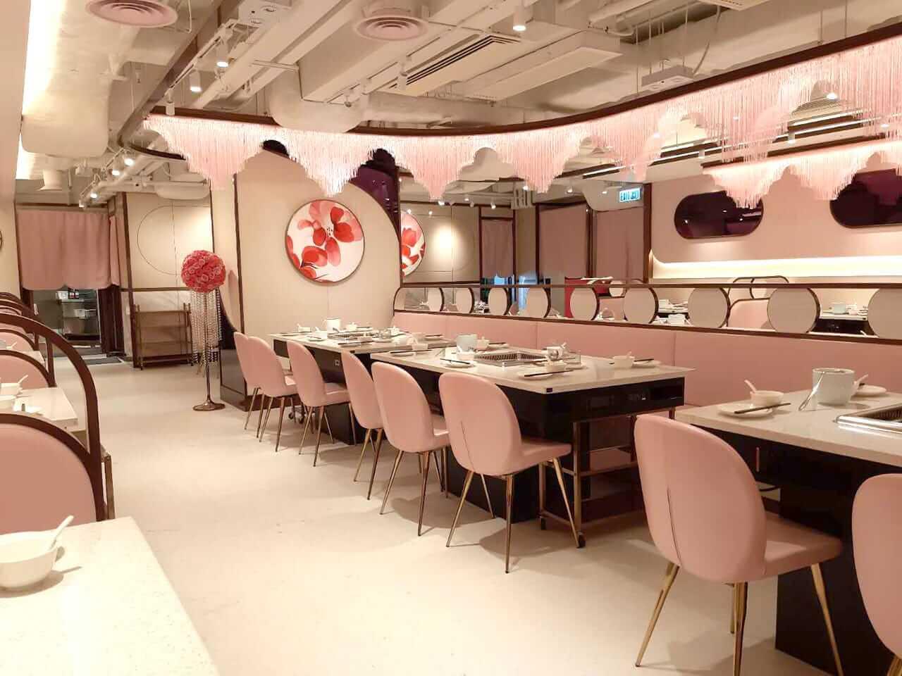Bright & Simple Restaurant Furniture Layout Ideas - Comfort Furniture