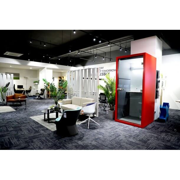 Modern Office Area with Stylish Furniture - Comfort Furniture