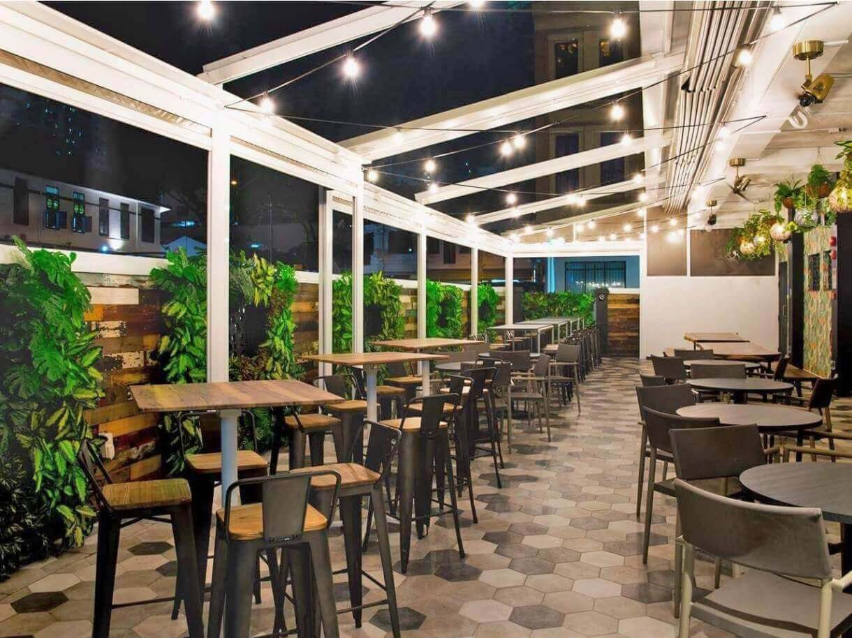How to Get Your Cafes & Restaurants Ready for Dine In Post Circuit Breaker - Comfort Furniture