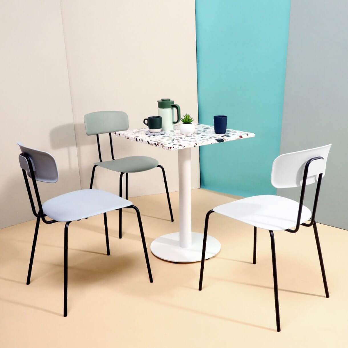 Choose Dining Furniture with Easy to Wipe Surfaces for the Restaurant - Comfort Furniture