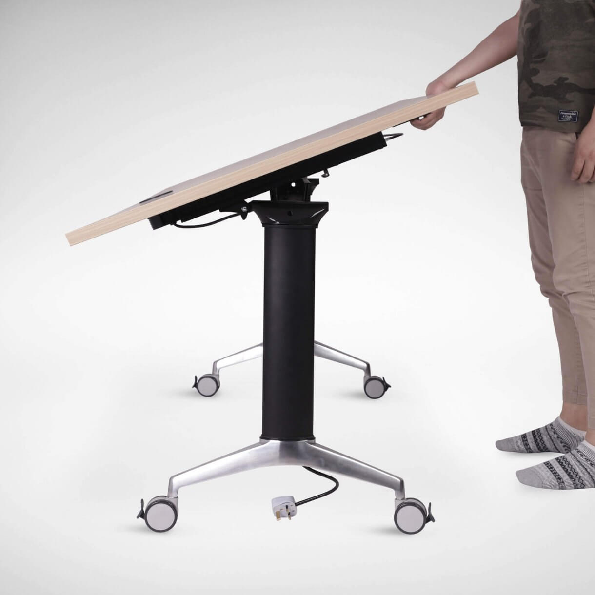 Telescopic Seminar Table to Work at All Angles for Maximum Efficiency - Comfort Furniture