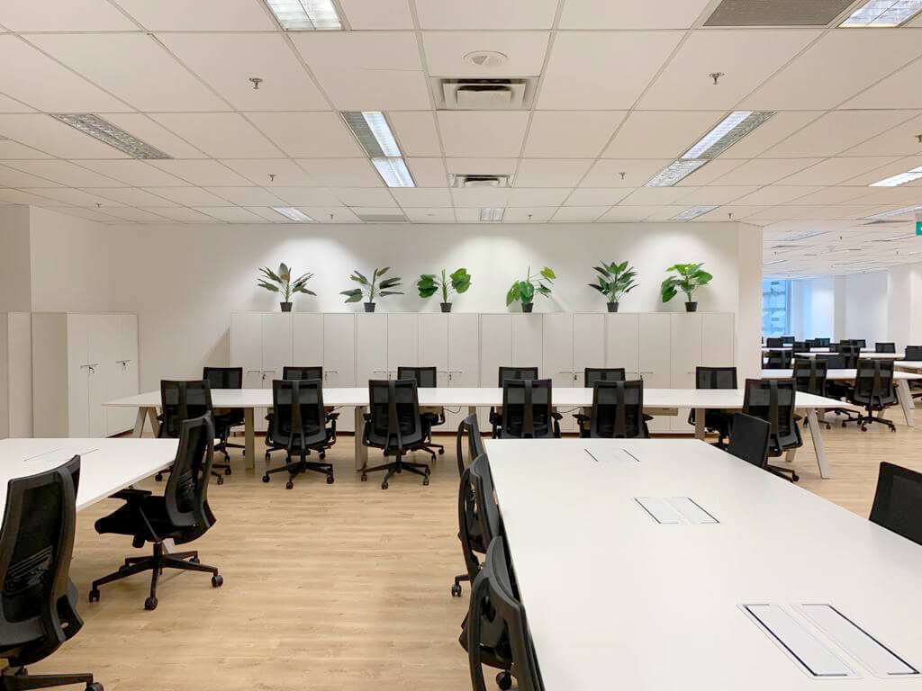 Customisable Tables and Chairs for Office Work Space - Comfort Furniture Singapore