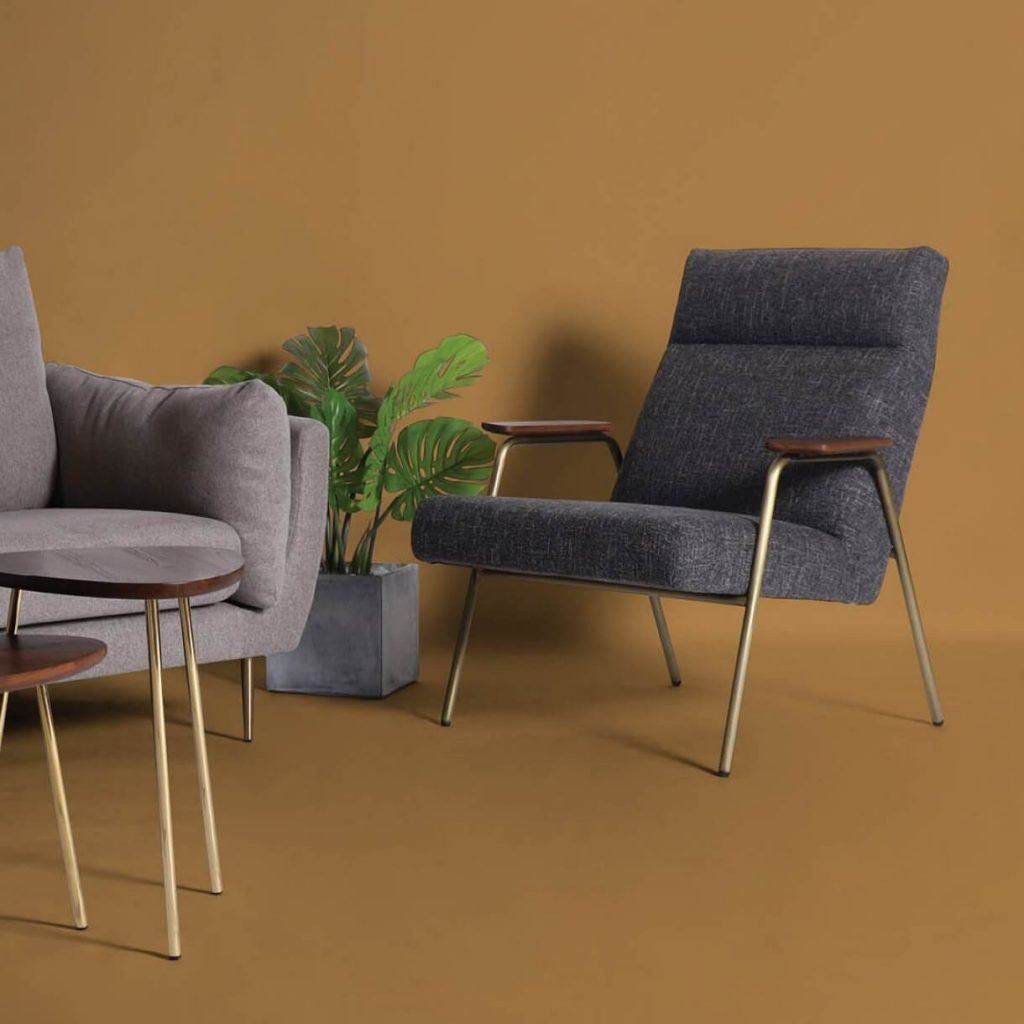 Ideas on How to Mix and Match Sofa & Accent Chairs with Coffee Table - Comfort Furniture