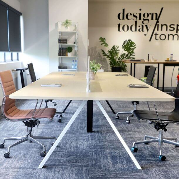 How to Create a Trendy Office Meeting Room in Style - Comfort Furniture