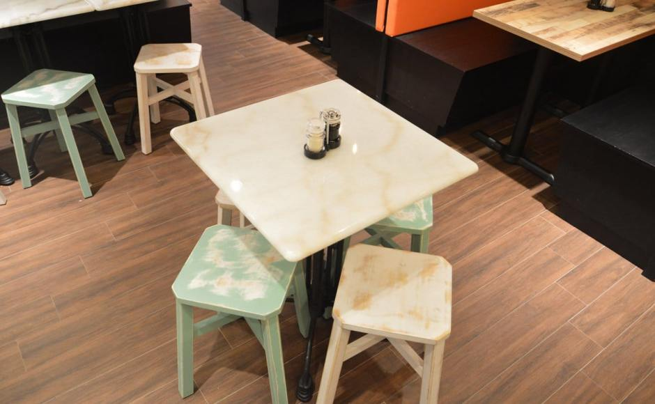 Heavenly wang - Orchard gateway | Products seen: [Tang stool - Wornout & Antique Table Base]<br />