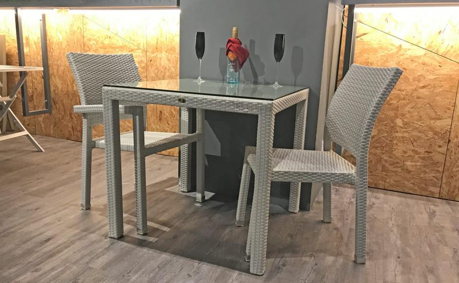 [Maldives Outdoor Sidechair & Dayboro Outdoor Dining Table – Square 800]<br />