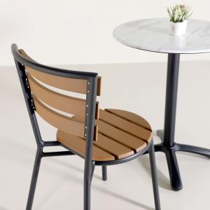 Roster Outdoor Side chair