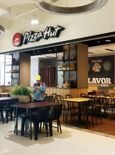 Pizza Hut - The Move Mandalay, Myanmar