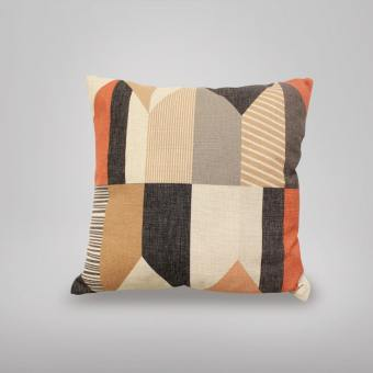 Cushion – Kite Orange/Brown