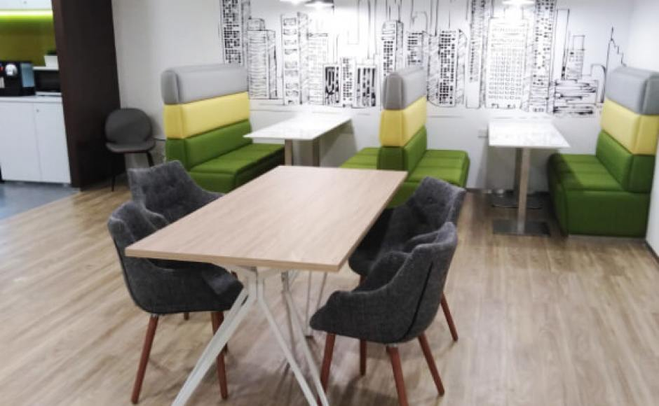 Regus Singapore | Product Seen: [Customised Oak x Haley Dining Table & Ayumi Arm chair]