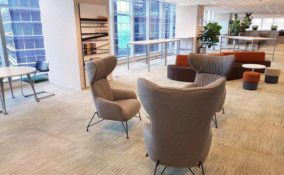 CIC Singapore - Marina Bay Financial Centre |Products seen: [Oxy Lounger, Decker Bar Table – Customisable, Halved Stool & Wave Modular Sofa – Right]