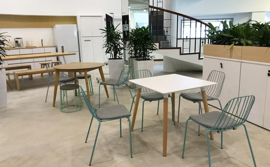 RICE Communications - Haw Par Glass Tower | Product Seen: [Wire 7 Sidechair, Campus Stool, Attract Dining Table – Square 800 & Oakland Round Dining Table – Dia1000]<br />