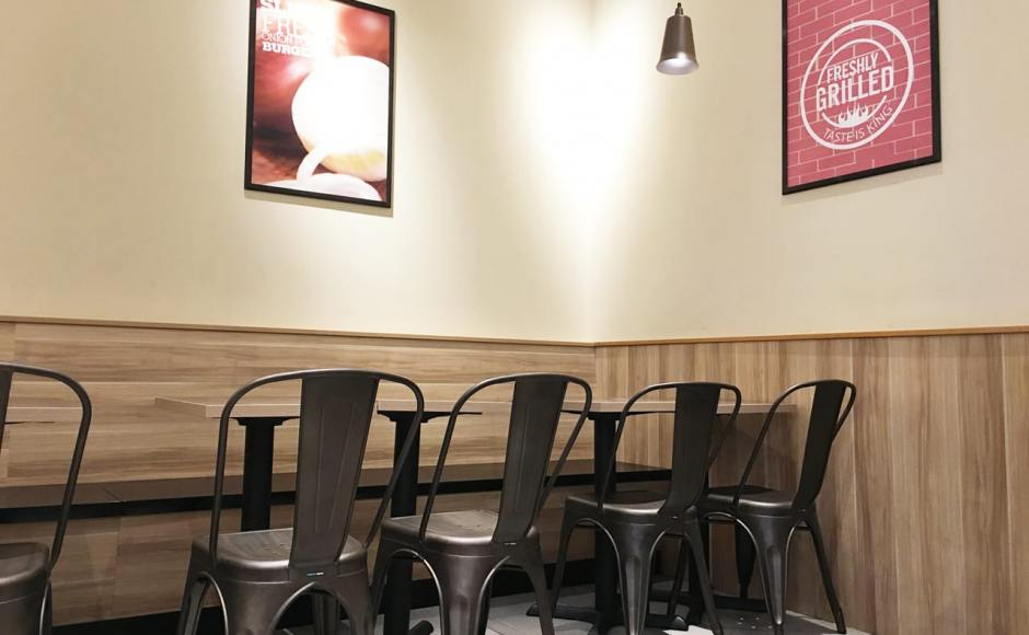 Burger King - Plaza Singapura | Product Seen: [Dojo Sidechair - Steel Seat]