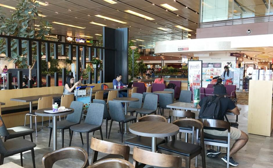 The Coffee Bean &amp; Tea Leaf - Terminal 1, Changi Airport | Product Seen: [JeJu Chair, Fondue Sidechair &amp; Swiss Chair]<br />