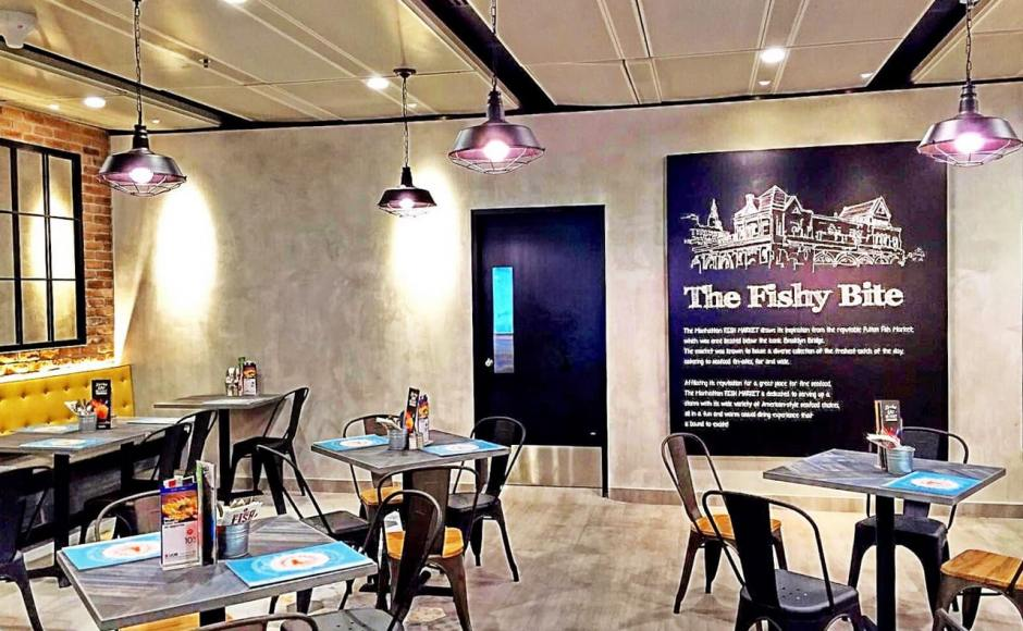 Manhattan Fish Market - Terminal 1, Changi Airport | Product Seen: [Dojo Sidechair - Steel Seat, Dojo Sidechair – Wood Seat & Customised Laminate Tabletop + Filo Table Base]