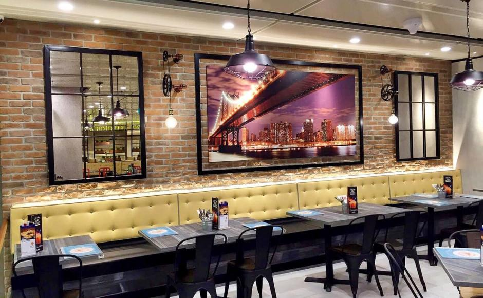 Manhattan Fish Market - Terminal 1, Changi Airport | Product Seen: [Dojo Sidechair - Steel Seat & Customised Laminate Tabletop + Filo Table Base]<br />