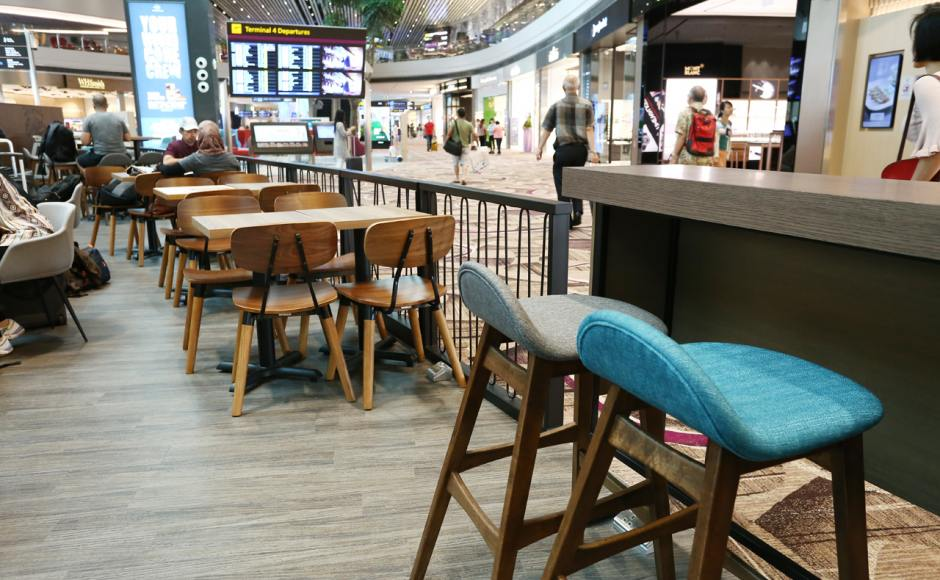 The Coffee Bean & Tea Leaf - Changi Airport Terminal 4 | Product Seen: [Jazz Barstool – SH750, Spark Chair, Jonah Armchair & Customised Laminate Tabletop + FLAT® KX22 – H720 (For Dining Table)]