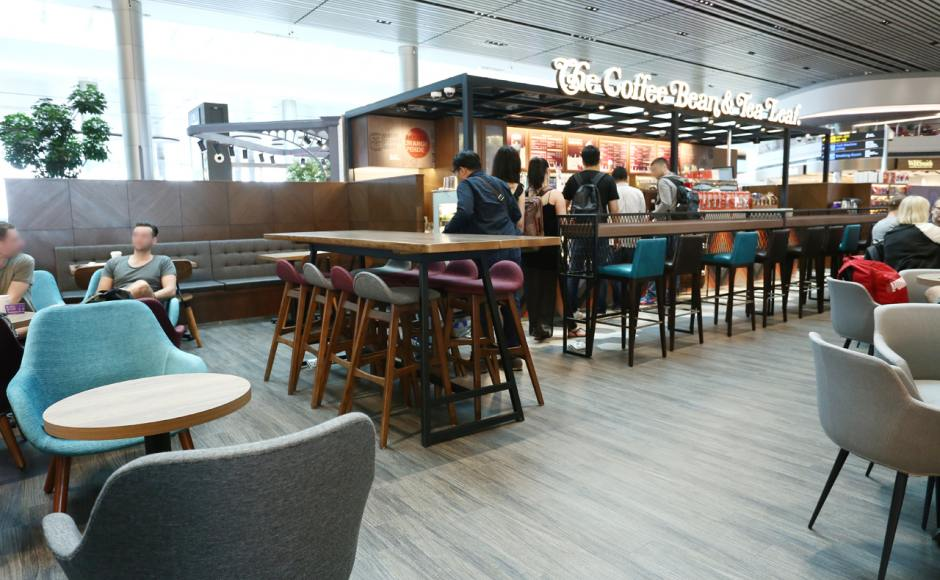 The Coffee Bean & Tea Leaf - Changi Airport Terminal 4 | Product Seen: [Jazz Barstool – SH750, Sacco Lounger, Anderson Bar Table – Customisable & Gladys Barchair – V1]