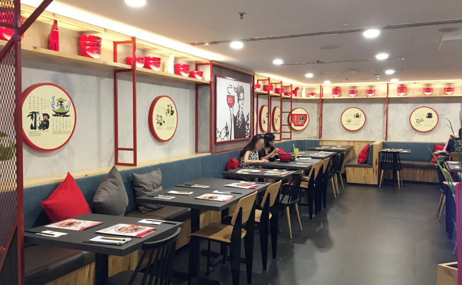 Honguo Chinese Restaurant - Raffles City | Product Seen: [Index Sidechair &amp; Choyu Chair]<br />