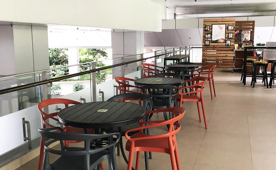 Khoo Teck Puat Hospital (Cafe) - Yishun | Product Seen: [Cecil Armchair & Hiro Outdoor Dining Table – Round]