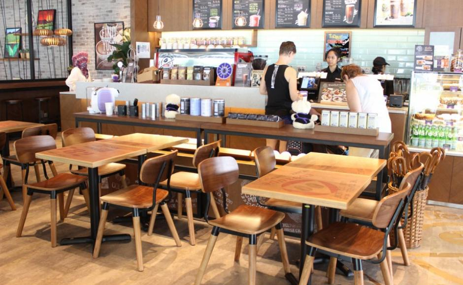 Coffee Bean - Marine Cove | Products seen: [Spark Chair &amp; Filo Table Base with a customisable table top]<br />