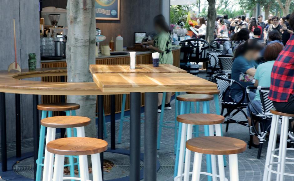 Aloha Poke - Jewel Changi Airport | Products seen: [Toyo Barstool – Wood + Epoxy & Cosson Table Base]