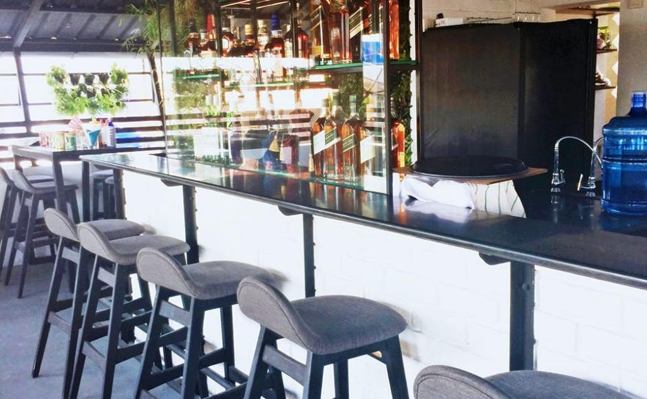 The Yama Hotel Phuket (Rooftop Bar) - Yangon, Myanmar | Product Seen: [Jazz Barstool – SH750 & Anson Chair]