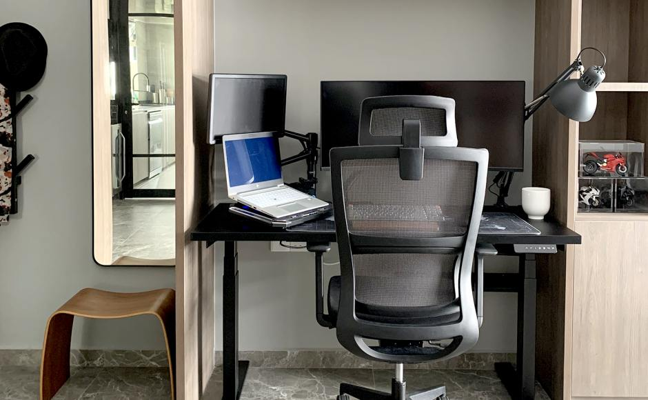 Home Office - Punggol Walk   Product Seen: [Tito 1-Sided Height Adjustable Table - W1200 & Astrid Highback Office Chair]