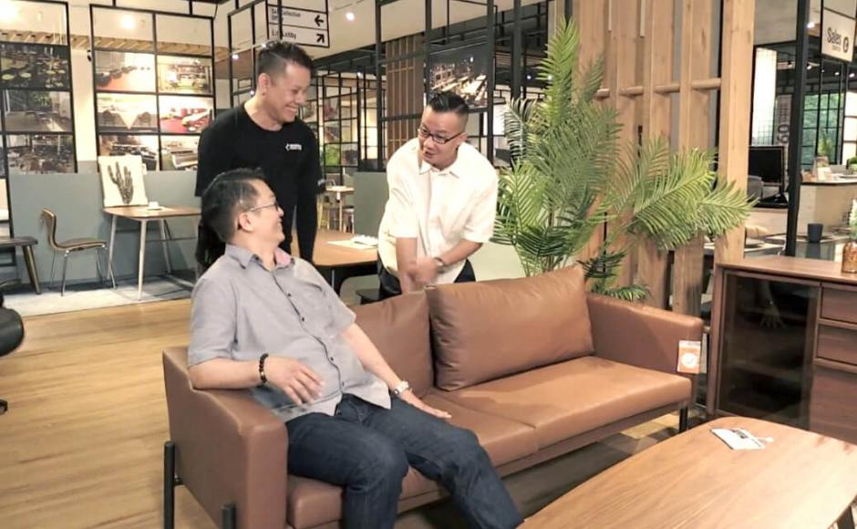 House Everything - Episode 5 - Channel 8, MediaCorp | Product Seen: [Kirei 3–Seater Sofa]