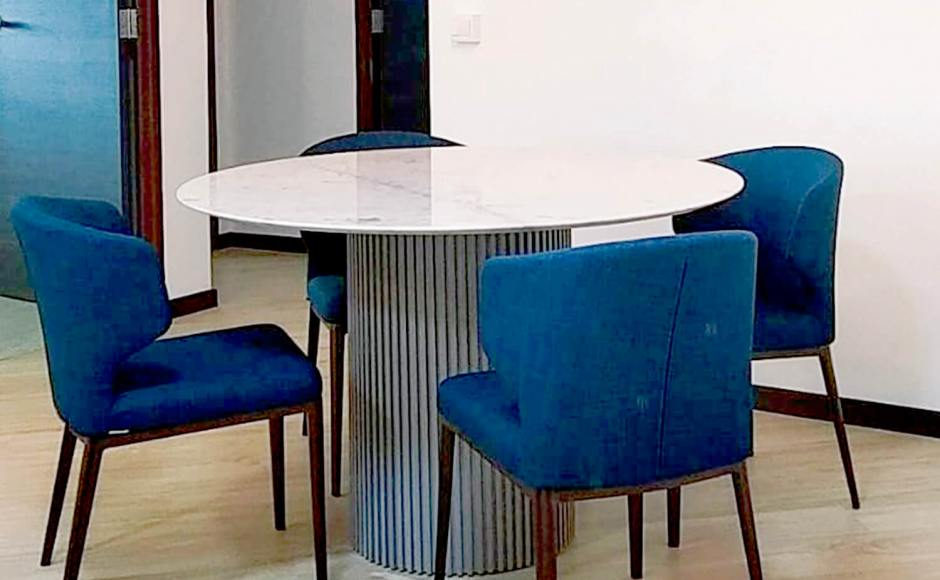 Project by Rosalind Interior Times | Product Seen: [Tulip Round Marble x Ohio Dining Table - Dia1200 & Elephant Halved-Arm Chair]