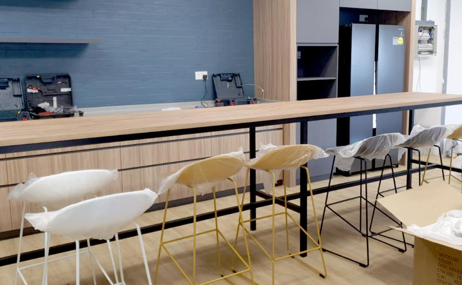 Softbank Robotics - Somerset | Product Seen: [Elle Barchair - SH750 & Decker Bar Table – Customisable]