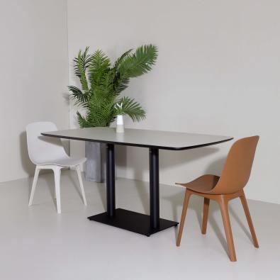 Pyram Dining Table