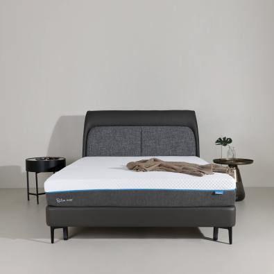 Solona Bed Frame - Queen