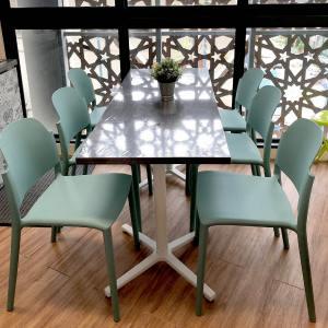 Doreen Side chair