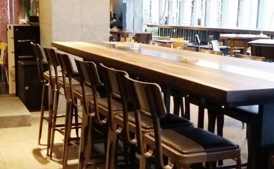 BWB (Burger VS Wings + Bar) - Orchard Central | Product Seen: [Lick Barchair]