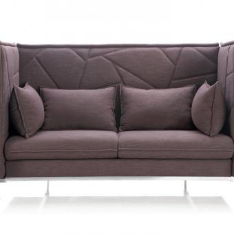 Enclosed 3–Seater Sofa – Midback