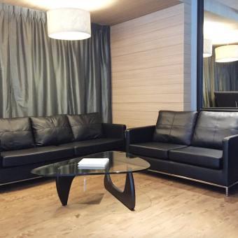 Gunther 2–Seater Sofa