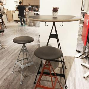 Evose Bar Table - Dia800