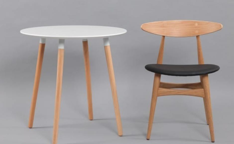 [Attract Dining Table – Round 700with Hanoi Chair]<br />