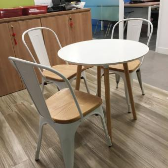 Attract Dining Table – Round 700