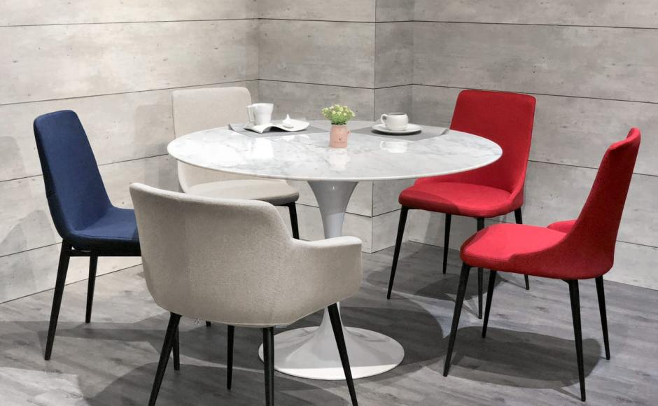 [Tulip Dining Table-Round Marble (replica) – Dia1100, Fondue Sidechair, Dion Sidechair & Jonah Armchair]