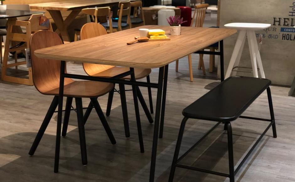Bonetto Chair, Trinto Dining Table & Lama Bench]