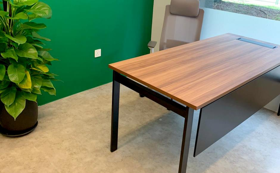 Studio Dojo - Bedok North | Product Seen: [Customised Laminated tabletop + Intel Workstation & McGill Highback Office Chair]