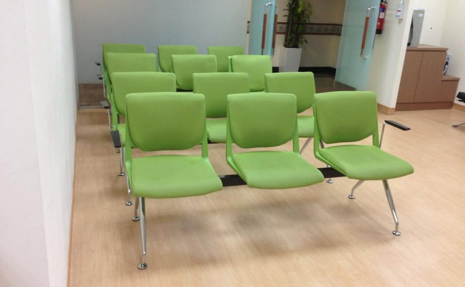 Mount Alvernia Hospital @ 820 Thomson Rd | Products seen: Beemer Waiting Chair