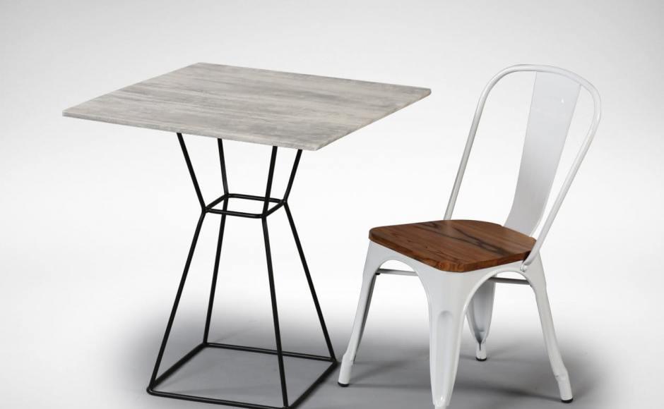 Match with [Figure table leg, Dojo-wood chair]