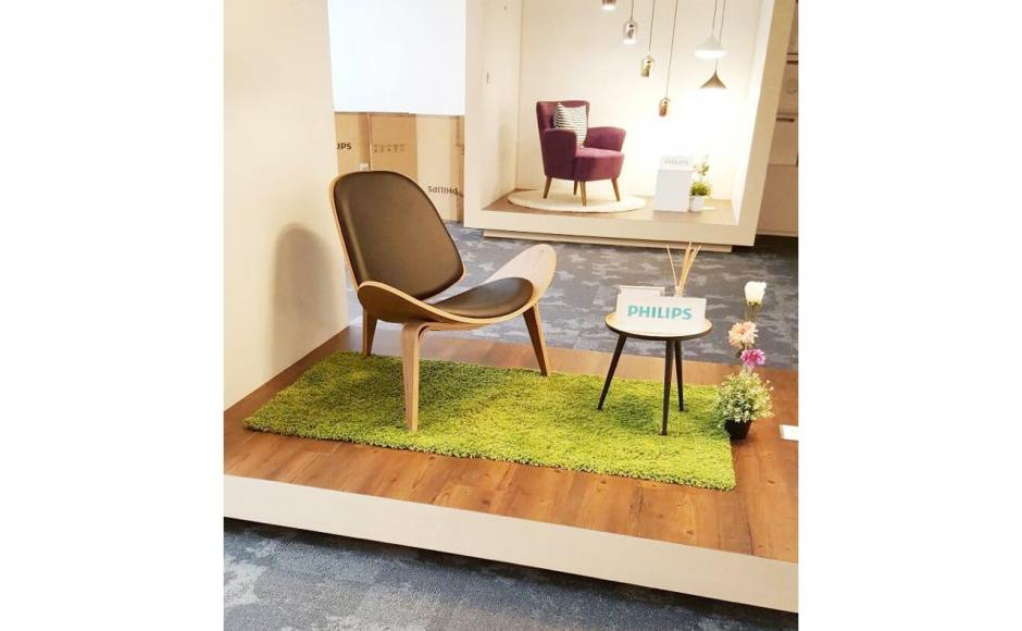 Philips Electronic @ Toa Payoh | Product seen: [Mosses Lounger]<br />