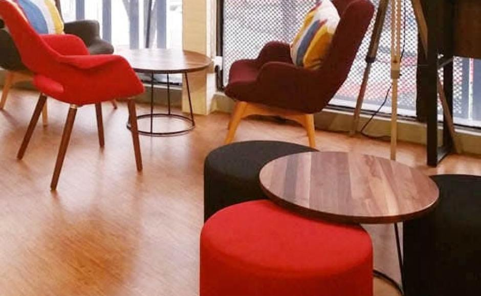 Travelodge Hotel - International Plaza, Anson Road | Products seen: [Sakai – Plain Armchair, Brandy Lounger & Customised Round Pouf]<br />