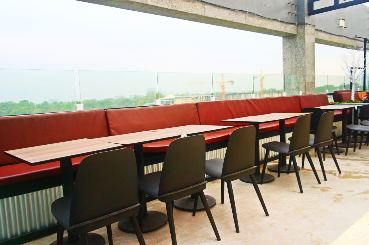 Myanmar Plaza Bar